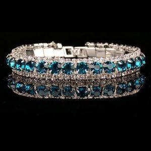 Jewelry - Dazzling Blue 36 ct AAA zircon bracelet.